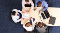 Teamwork-at-the-office?1422275604